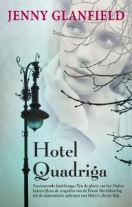 Zilver Pockets Hotel Quadriga 2 Van de Berlijntrilogie