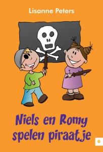 Niels en Romy spelen piraatje