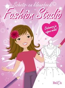 Fashion studio  (roos)