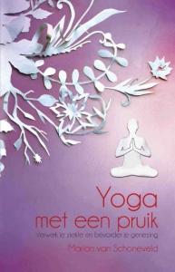 Yoga met een pruik