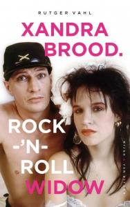 Xandra Brood. Rock-'n-roll widow