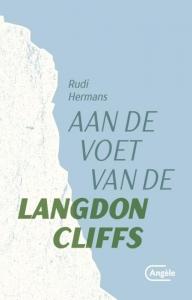 Aan de voet van de Langdon Cliffs