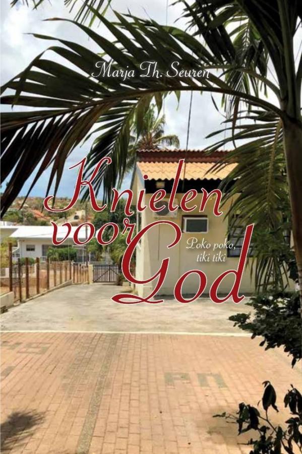 Knielen voor God - Poko poko, tiki tiki