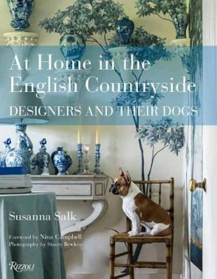 At home in the english countryside: designers and their dogs